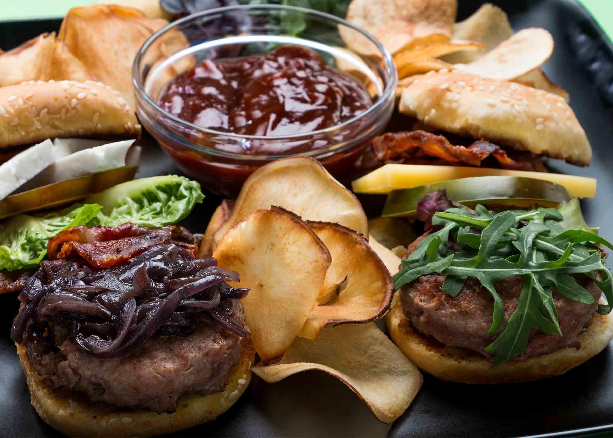 hamburguesa ibérica con pan pita