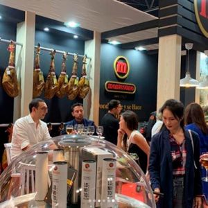 stand de montesano en Meat Attraction