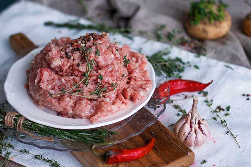 carne de pavo para hamburguesas con zanahoria y cheddar