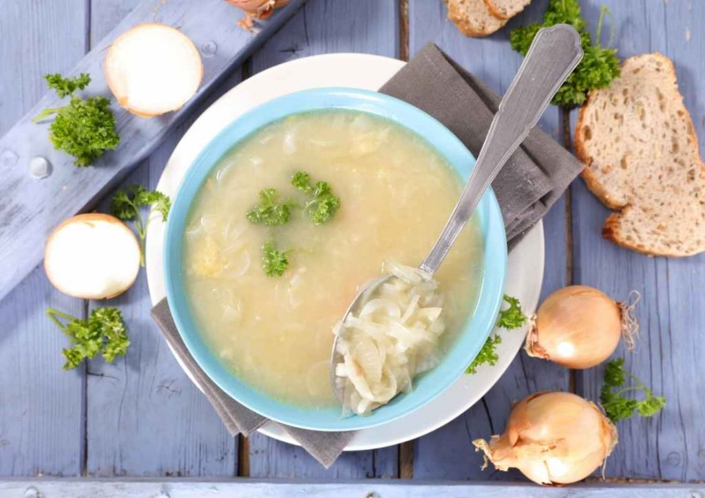 menu semanal especial platos cuchara. Sopa cebolla