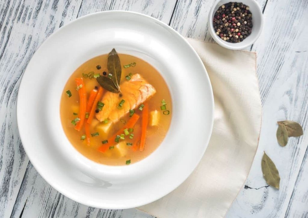 sopa de pescado menú semanal para combatir el frío