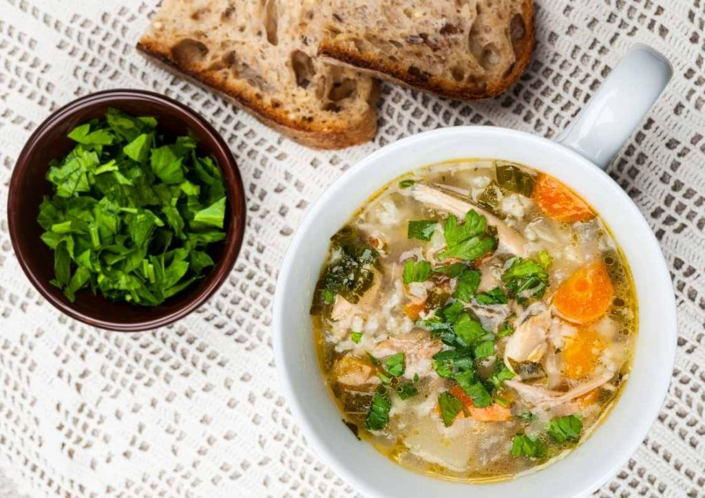 menu semanal especial platos cuchara. Sopa de pollo